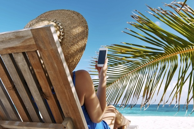 The best roaming deals for fun in the sun
